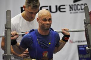 Thomas Wulffeld satte både svensk rekord och nordiskt veteranrekord i knäböj under veteran-VM, som hölls i Sundsvall.