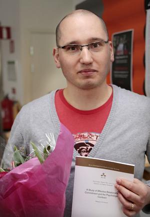 Affärsutvecklare. Mikael Lövblad, 35, industridoktorand från Gävle och anställd vid Sandvik, har forskat om personliga kontakters betydelse när företag gör affärer.Foto: Privat