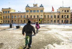 Matvandringen börjar i stadshuset med en smakportion från Villa Marieberg.