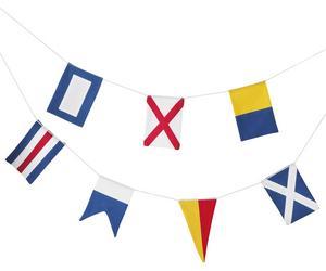 FLAGGA. Vimpellängden med flaggmotiv passar perfekt för en sjönära fest. Pris 149 kronor.