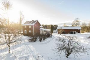 9. Besök på objektsidan: 2258      Var: Matforsvägen 10, Matfors   Bostadstyp: Villa   Utgångspris: 1 200 000 kr