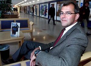 Kjell Jönsson på sin före detta arbetsplats, Östersunds sjukhus. Foto: Stefan Ahlbom