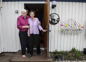 Tage och Anita Eliasson var mycket upprörda och tagna efter att ha blivit störda i sitt hem i april.