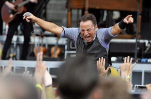 Bruce Springsteen gör en tredje spelning i Friends arena.