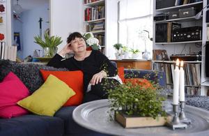 Katarina Taikons dotter Angelica Ström och hennes familj har i många år arbetat för att Katitziböckerna ska ges ut på nytt, de är minst lika relevanta i dag menar hon: