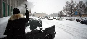 Trots att det faller gott om snö har inga problem i trafiken rapporterats.