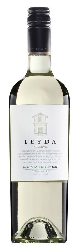 Gott vitt. Leyda Reserva är ett fräscht och mycket druvtypiskt sauvignon blanc-vin från Chile med gröna arominslag i en citrusfrisk fruktsmak.