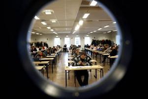 Två tredjedelar av alla som gör högskoleprovet är mellan 18 och 20 år.