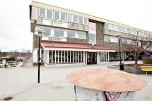 Kommunhuset i kommunen som skribenten tycker har en unik framåtanda.