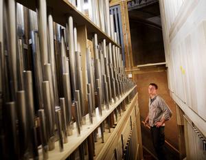 Helmut Lutz har tillverkat alla delar till Njutångers kyrkoorgel själv. Ett år har arbetet tagit i anspråk.