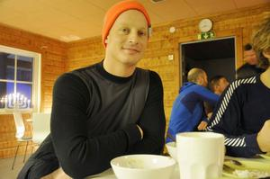 Öystein Engebretsen från Stockholm har åkt Vasaloppet flera gånger men vill slipa på tekniken för att kunna åka snabbare.