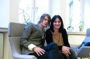 Chatta och dejta online i Ostns | Trffa kvinnor och mn i