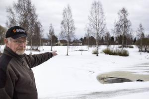Här tycker Kaj Unger att Snoddasreliefen skulle passa bra.