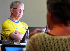Stefan Wallsten berättade om den feriepraktik för ungdomar som precis rullat i gång.
