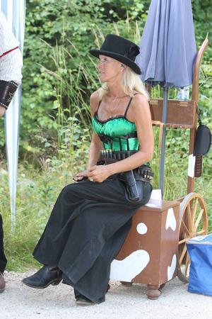 Mikaela Qvinn var en av de som deltog i Nordiska Mästerskapen i CAS-skytte i Amsberg i lördags.