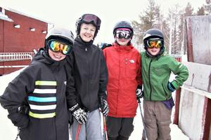 Filip Wikblad, Andree Olsson, Oscar Wikblad och Jens Jonsson har tillbringat en stor del av sin fritid i backen i vinter.