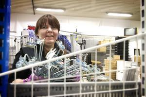 Hos Albert och Herbert är det kunderna som styr vad som står på hyllorna, säger butikschefen Marianne Björk.