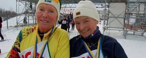Britt Dohsé från Göteborg och Inger Rosén-Wronka från Åby utanför Norrköping åkte Tjejvasan för 15:e respektive 19:e gången. Foto:Birger Nylén