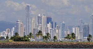 Snabbväxande Panama City påminner ofta om sin förebild Miami.