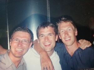 Graham Potter tillsammans med hans vän Mark Chapman, i mitten.