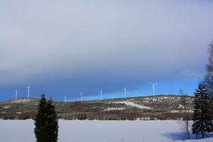 Så här kan vindkraftparken komma att se ut sydöst om Hamnäs, plats 1 på kartan nedan (bilden är ett montage).