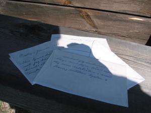Några av breven till Kristina. Min dröm, min solstråle skriver mannen från granngården till den gifta trebarnsmodern Kristina.