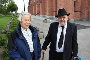 Maj-Britt Frid Gustafsson och Rune Gustafsson har varit med sedan 1997.    – Egentligen orkar vi inte längre men det är så fruktansvärt roligt, säger Maj-Britt.