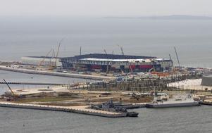 Arrangörerna uppges ha lagt ner motsvarande två miljarder kronor på evenemanget i Baku och bland annat byggt en helt ny arena, Kristallhallen.