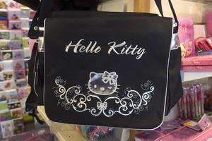 Hello Kitty-prylar är en storsäljare...