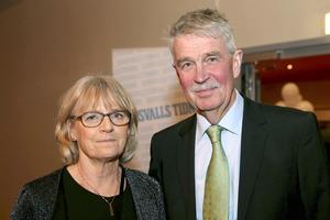 Kjell Carnbro var chefredaktör på Sundsvalls Tidning mellan åren 1989 och 2011. Hustrun Birgitta såg fram emot en trevlig kväll.