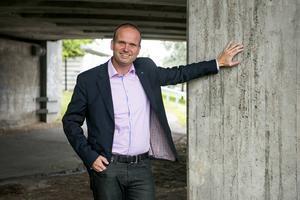 Lars Persson ser ut att klara fem procent – till ingen nytta.