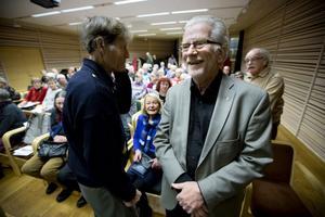 Olof Högbergssalen på Sambiblioteket var fullsatt när Eric Björklund inledde sin studiecirkel.