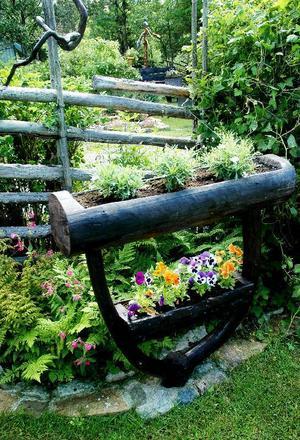 Allting i makarna Asselid trädgård är gjort av naturmaterial.