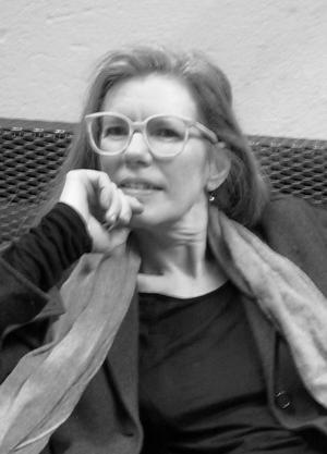 Lisa Robertson sviker inte sina ideal, skriver Crister Enander. Foto: Laird Hunt