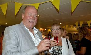 Radioprofilen Lars T Johansson med hustrun Elizabeth Johansson.