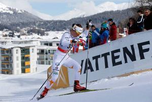 Det var här i Davos som Emma Wikén fick sitt stora internationella genombrott förra säsongen. Nu letar hon efter känslan från den tiden på höghöjdslägret i Italien.
