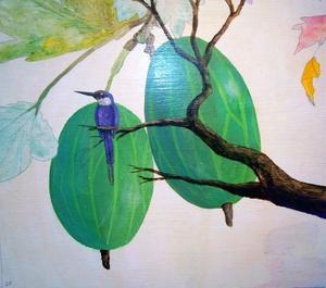"""I bilden """"Krusbär"""" driver konstnären upp krusbärens storlek i förhållande till fågeln."""