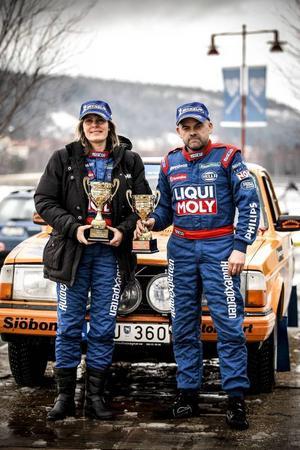 Kartläsaren Elin Albrechtsson och Bosse Hemmingsson, Offerdal, gjorde en bra prestation i veteranklassen. Albrechtsson är mer känd som en av Sveriges bästa pistolskyttar, med många internationella mästerskap på meritlistan.