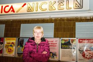 Irene Lundgren på Ica Nickeln i Los tycker det är fruktansvärt hur ett bolags problem kan ställa till det så.