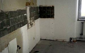 Här kommer det att byggas upp ett nytt kök till en av lägenheterna.