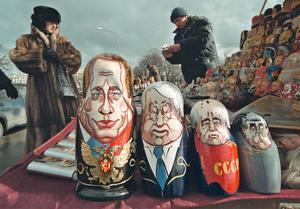 Det sorgligaste med de senaste decenniernas utveckling är att muren mot Ryssland aldrig revs, trots att det kalla kriget tog slut. Nu bygger båda sidor på muren.