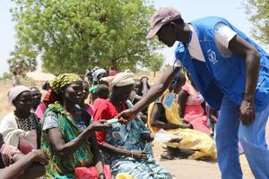 I Sydsudan lider fem miljoner människor av akut matbrist