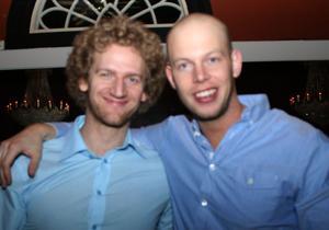 Blue Moon Bar. Erik och Johan
