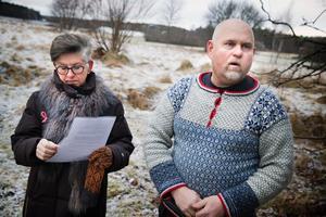 Alternativ finns. Marita Sörefjord (M) och Björn Jonsson (C) vill inte se en ny skola vid Ekeby gård. De vill i stället att Vallaskolan byggs ut.