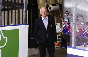 Mikael Lundström föreslås bli en av tre ordinarie ledamöter i Mora IK:s styrelse.