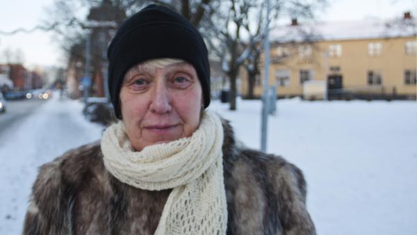 Ann-Katrin Ekebergh, 68 år, pensionär, Fagersta:–Nej, jag är gammaldags av mig. Jag sätter upp julpyntet vid jul och tar ner det vid tjugondag knut.