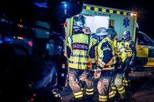 Olycka på E16, mellan Falun och Borlänge. En singelolycka inträffade på E16 vid Karlsviksbacken sent på lördagskvällen.