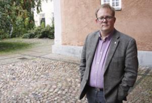 """Orolig. """"Det är för jävligt att det här händer. Jag kan inte säga något annat"""", säger Olle Ytterberg, kommunalråd i Arboga, apropå den senaste tidens överfall i staden."""