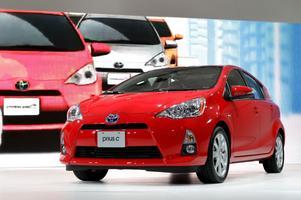 Blank och fin. Bilföretagen vill fresta dig att köpa just deras bil.