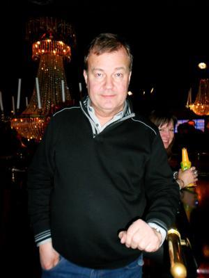 """Uffe Westblom, 53 , Gävle– Är här för att dansa """"1-2-3-4"""" och träffa nya människor. Magnus Carlsson är annars ingen favorit hos mig."""